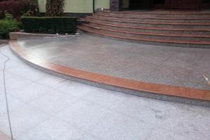 Schody Ciechanów - kamienie na miare
